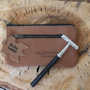D.R. Dittmar - Tan Leather Razor Case